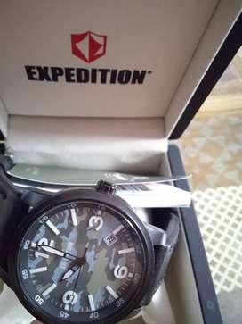 Expedition E6671M