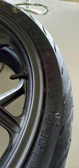 1 set velg Ori Honda CB150R old +ban ban