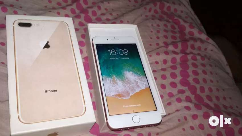 August top deal on seal packed iPhone with cod available 0