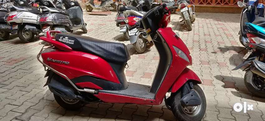 VERY WELL MAINTAINED MAESTRO SCOOTER. 0