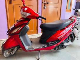 Scooty Mahindra Rodeo, Mint Condition, Non accidental, fully insured.