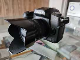 Lumix G85 with 14-42 mm lens