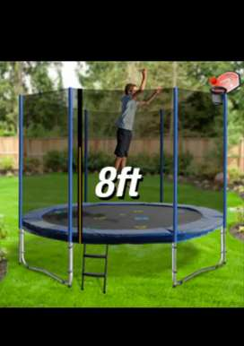 8 Ft Trampoline with safty net.