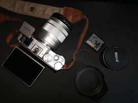 FUJIFILM XA-3 + Lens kit (ada meike 35mm f1.7)