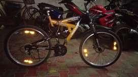 Roade Gear cycle