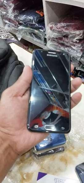 4G Samsung j5 prime in 32gb 3gb ram