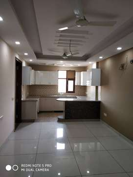 2 BHK Big Size Flat in Shivaji Nagar,  Gurgaon Near Rajeev Chowk