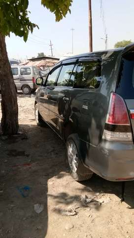 Toyota Innova 2009 Diesel Well Maintained