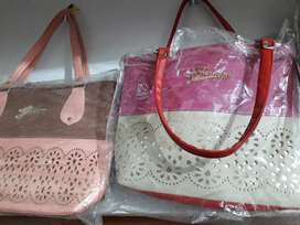 Ladies hand bag and purse