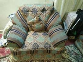 7 Seven seater Sofa set for sale Urgently