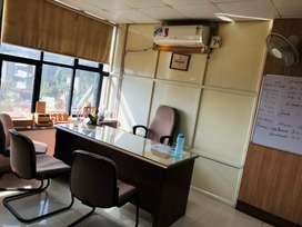 500sqft Fully furnished office space on 3rd floor for rent at mp nagar