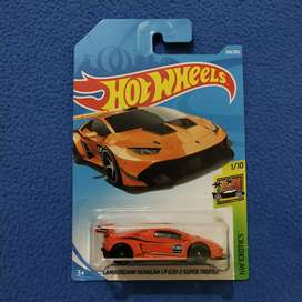 Hot Wheels Lamborghini Huracan LP 620-2 Super Trofeo Orange Hotwheels
