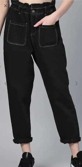 Women black regular fit mid rise jeans