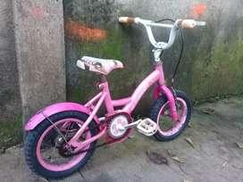 Sepeda anak uk 12 merk FAMILY