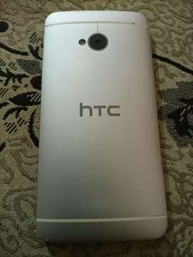 HTC 32gb mobile for sell.