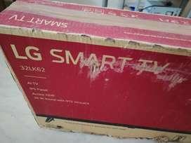 Urgent sale brand new unpacked LG 32 INCH smart tv