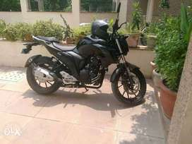 Urgent want to sell yamaha fZ 25