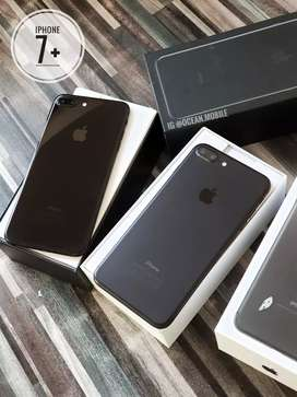 SECOND INTER iPhone 7+ 256gb jet dan matte mulus2 lengkap region zpa..