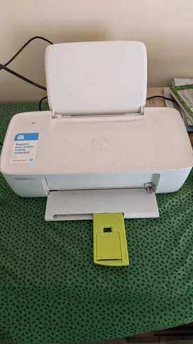 6-month old HP DeskJet 1112 printer in great condition