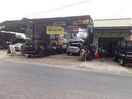 Kios di Tigaraksa posisi depan jalan utama