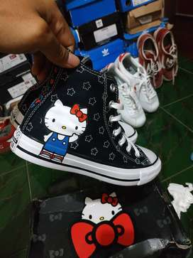 Converse x Hello Kitty original