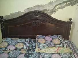 DOUBLE BED KING SIZE