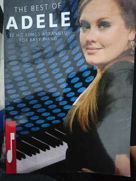 Kami menjual macam macam buku piano