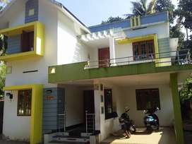 13cent 2300sqft 4bed room .3bath room paravoor  m l a junction