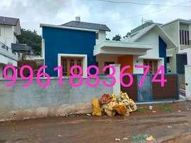 New.house.paruthumpara.36.lakh.all.season.water