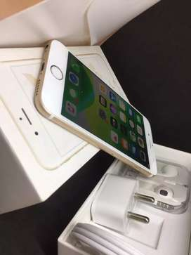 I PHONE 6S 32GB GOLD COLOUR WITH WARRANTY BRAND NEW MOBILE