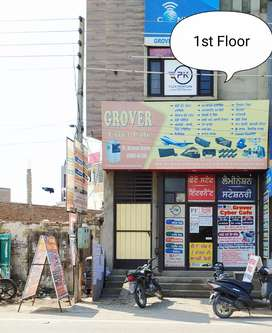 space for rent at prime space main chowk