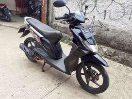 Honda Beat tahun 2012 pajak hidup.tersedia 2 unit pilihan