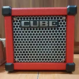 Roland Micro Cube GX Guitar Amplifier Mulus Like New