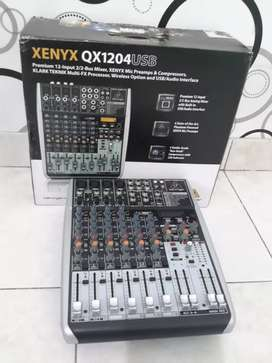 Audio Mixer Behringer Xenyx QX 1204 USB soundcard
