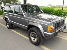 Jeep Cherokee 4.0 L AT 4x4 limited Country 1997