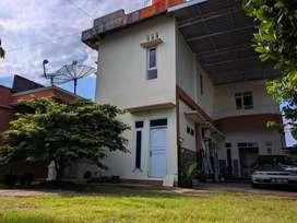 Jual rumah/villa di tengah sawah, cocok untuk investasi jangka panjang