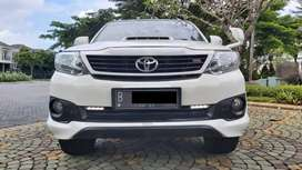 Toyota Fortuner TRD VNT AT 2014 Putih