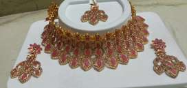 New necklace set