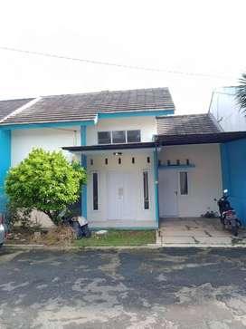 Rumah Cluster siap huni Dekat Tol  dan stasiun di Cimanggis Depok