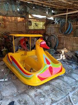 sepeda air bebek,bebek air kecil,perahu air bebek murah ready stok