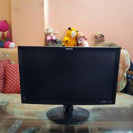 HCL (47cm) 18.5 inches TFT LED WIDE COLOR MONITOR