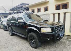 Jual Ford Everest Automatic 4×2 tahun 2008