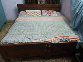 Teak wood king size double bed