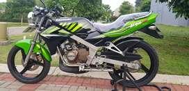 Kawasaki ninja 150 SS , 150ss 2015 km 600an!!