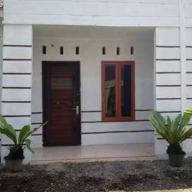 Rumah Disewakan/Dikontrakkan Rp. 4.500.000/Tahun