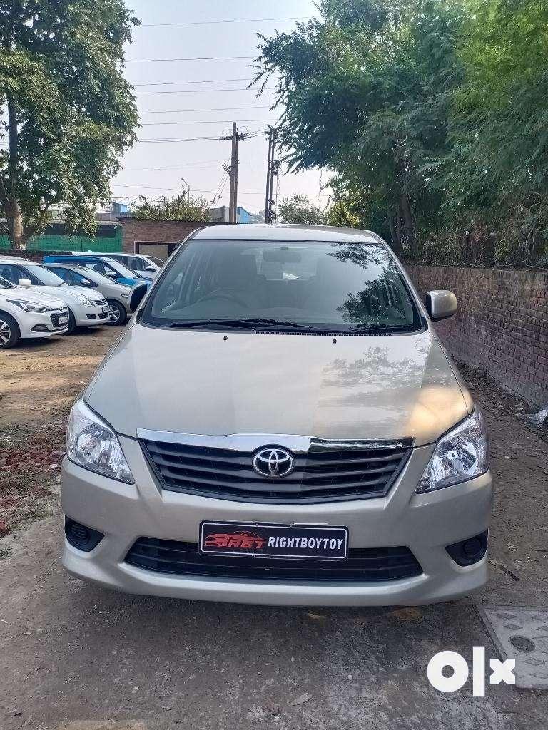 Toyota Innova 2.5 GX BS III 7 STR, 2012, Diesel