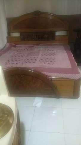 Pure Sagwan Wood Bed 7*6.5 For Immediate Sale