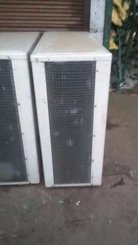 10 unit of ductable airconditioner available,5.5 ton,8.5 ton