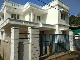 4 bhk 1850 sft new build rady to occupy at paravur town near peruvaram