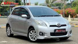 Toyota New Yaris 1.5 E AT 2013 Facelift Silver On Black